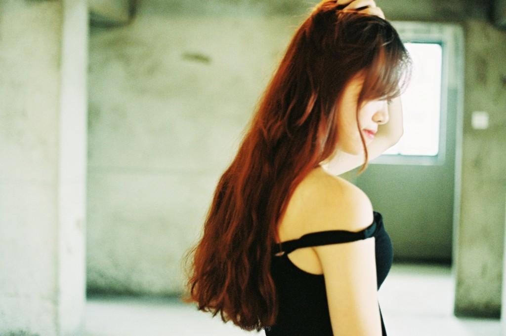 《红与黑》— 毛坯房里的少女