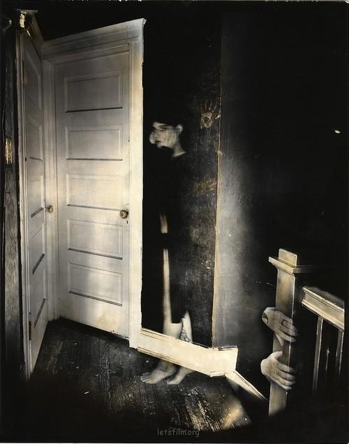 诡异的大画幅黑白摄影