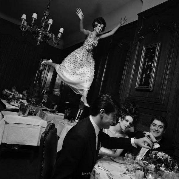 1965年的漂浮少女