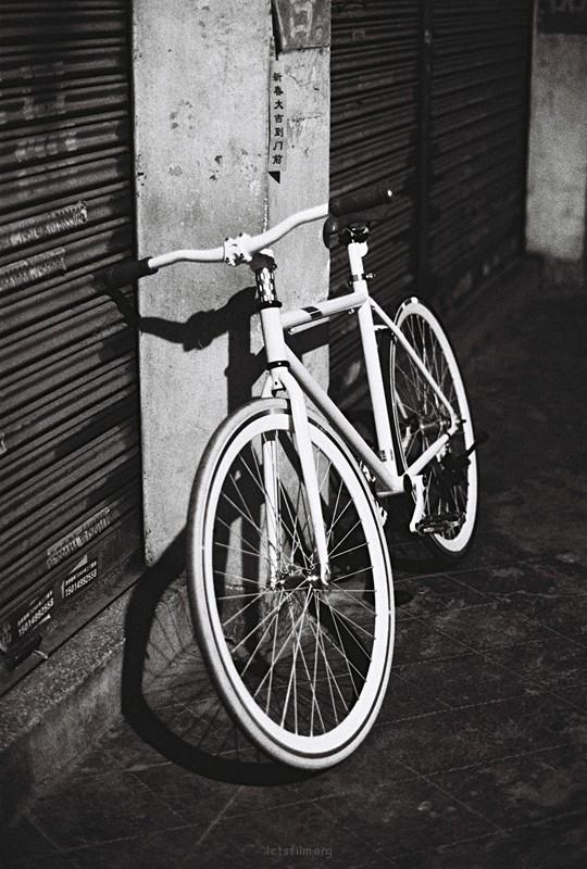 半夜骑车拍照去