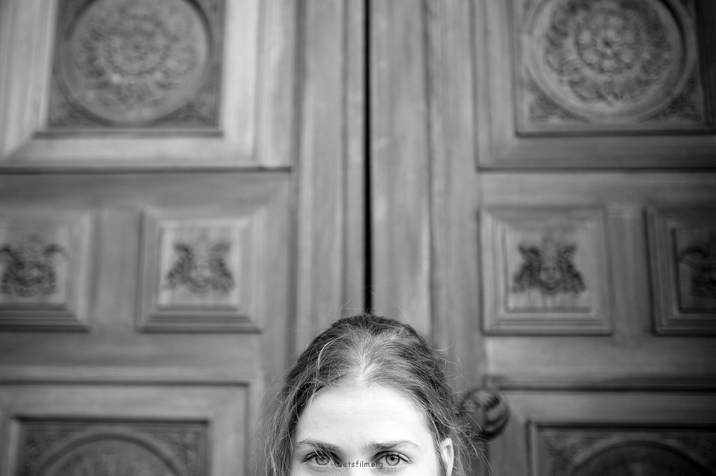 街上的眼睛——Miki Háromöthét