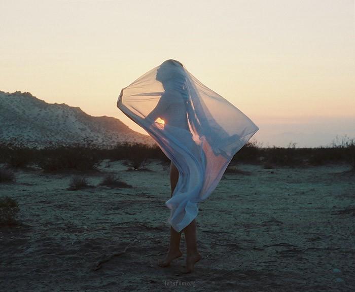 Tamara Lichtenstein的女性摄影作品