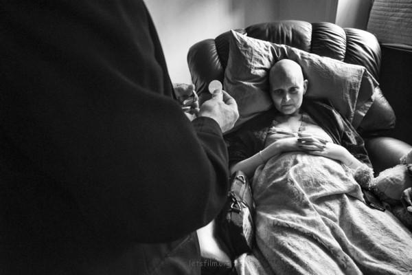 丈夫紀錄下老婆抗癌過程,結局太過寫實20-600x400