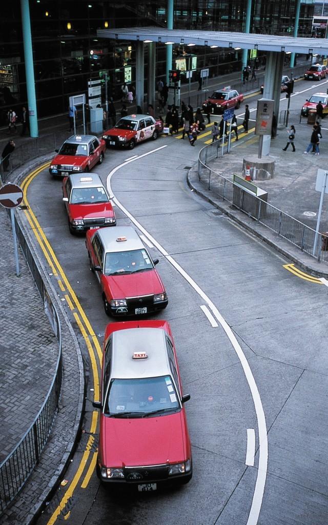 一个拥挤但有序的城市 香港 photo by leica M6+SUMMARON 35/2.8