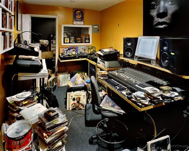 DJ-Bedrooms18-640x510