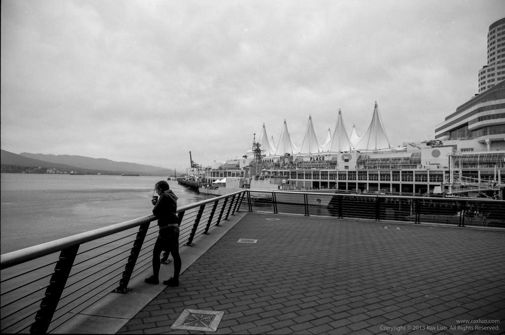 静下来,捧杯咖啡,看看自己生活的城市。 Downtown Vancouver