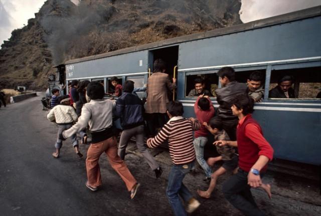 Trains-Steve-McCurry13-640x431