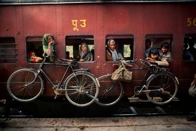 Trains-Steve-McCurry16-640x427
