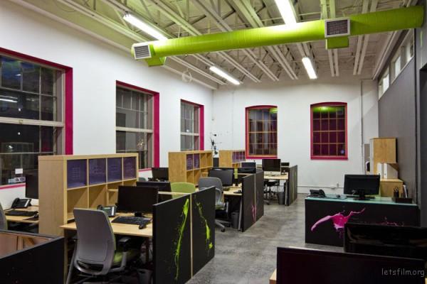 Work-CanvasPop-14-office-600x400