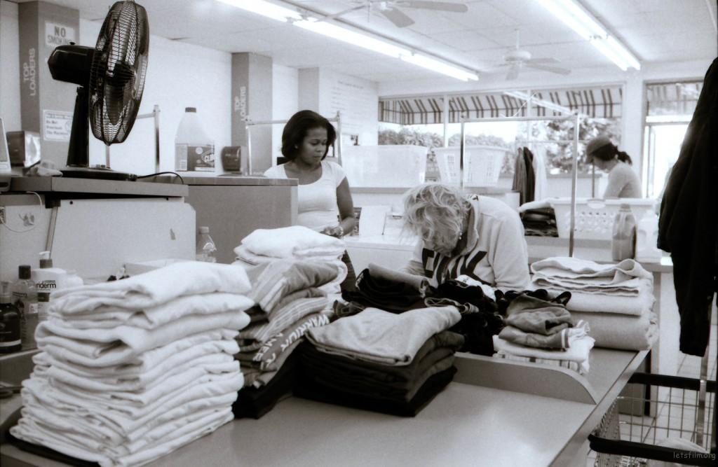santa monica laundry-nicole