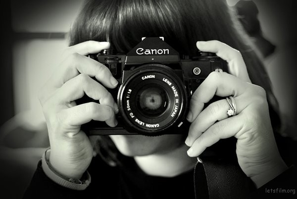 The_girl_behind_the_camera_by_Doroty86