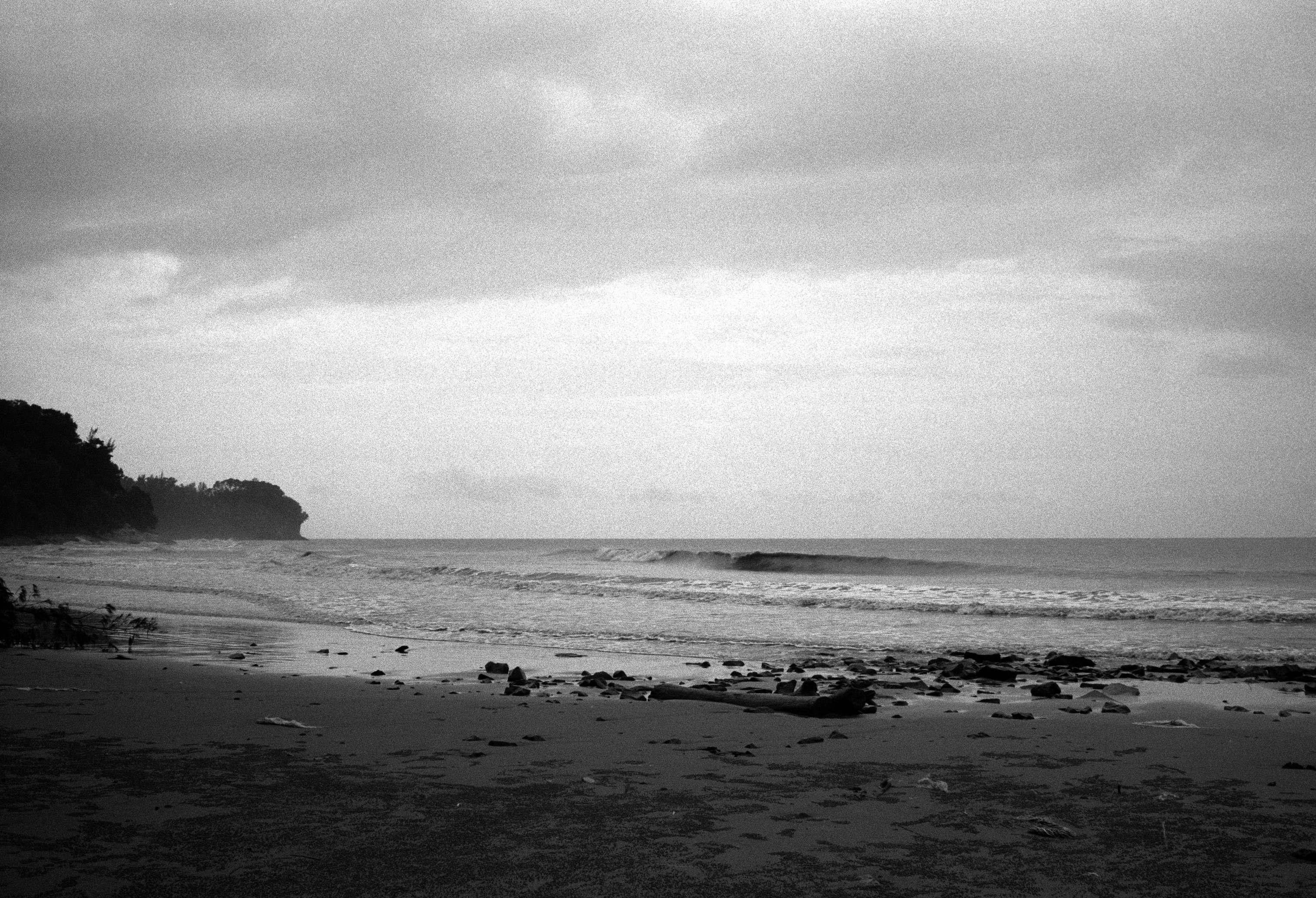 投稿作品No.1248 灰色的海