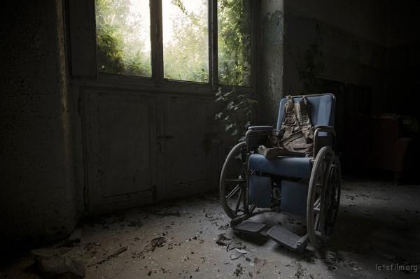 Photography-of-Abandoned-Italian-Ruins