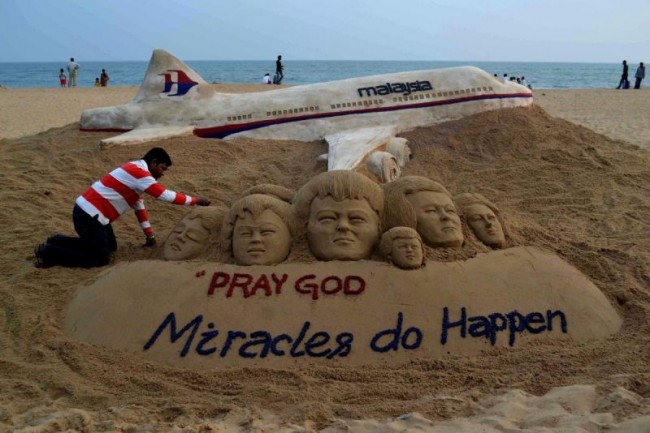 search-continues-missing-malaysia-airlines-plane-14