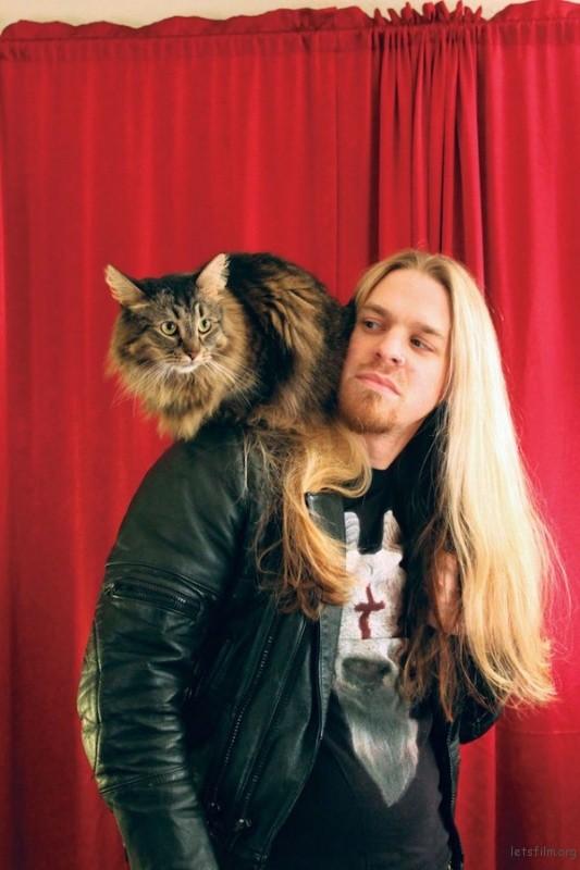 Rocker與貓1-600x900
