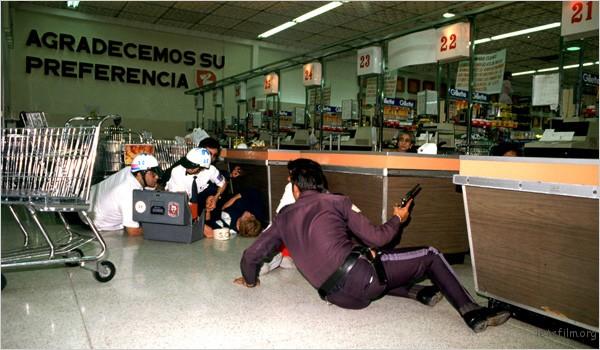 juxtapoz-Enrique-Metinides1