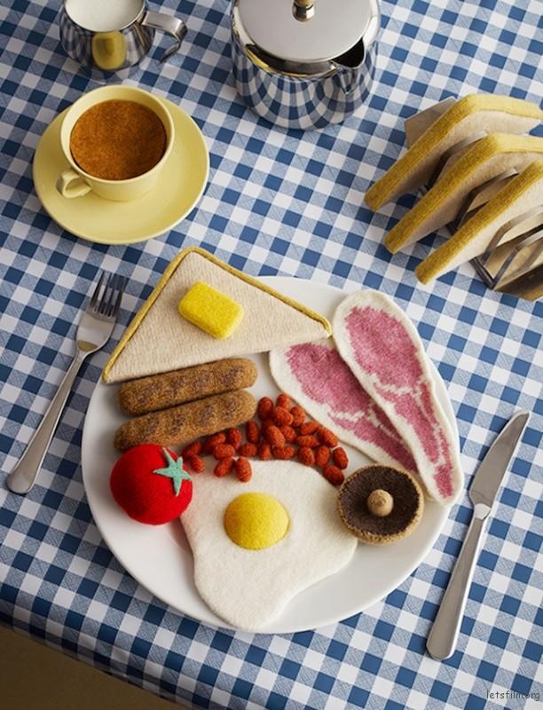 Playful-Knit-Comfort-Food-Art-4