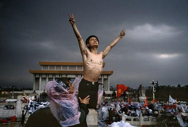 6. 1989 年天安门广场抗议民众