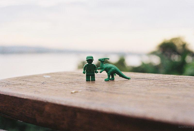 樂高與恐龍