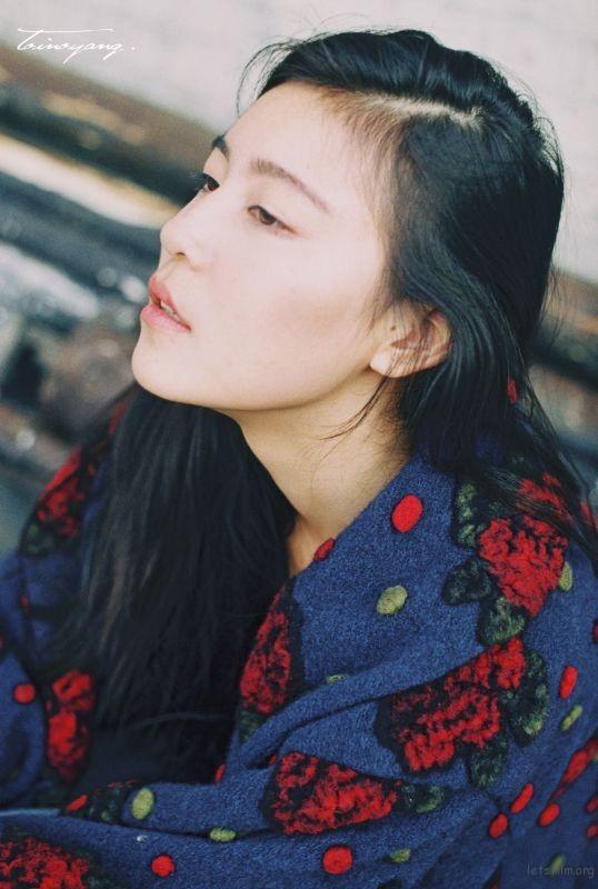 雅琪-001-09