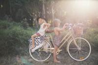 阳光、小麦色肌肤与冲浪板 Children of the Tribe 嬉皮小孩的夏日实记