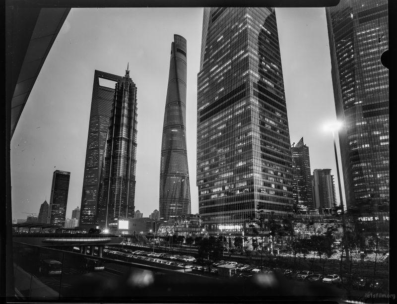世界最高建筑排行榜前十名中国独占五席而三席在上海!