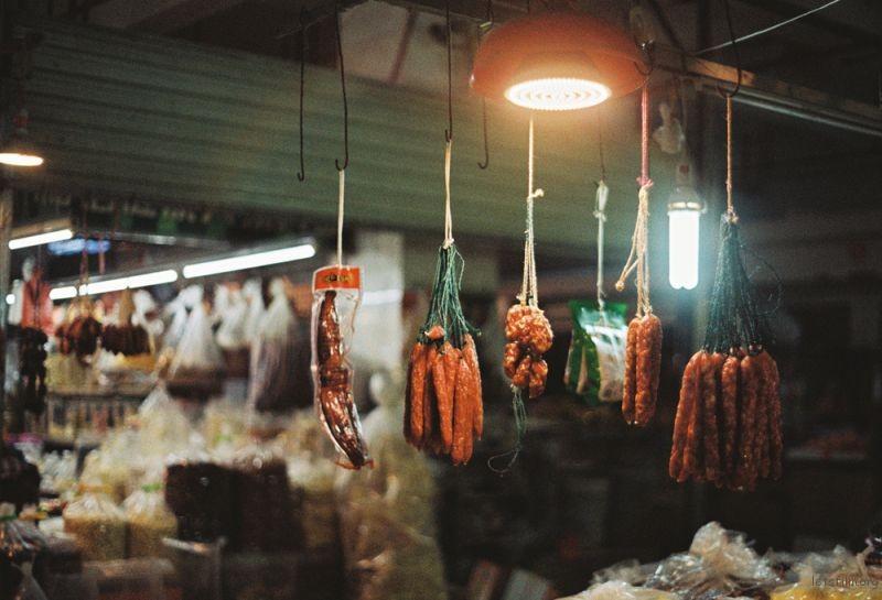 小时候很讨厌跟妈妈去菜市场,长大后发现这里其实是一个充满故事的地方