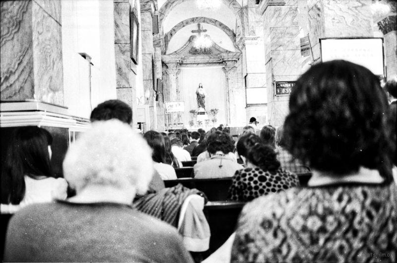 陪朋友来取参观弥撒,突然对这种等级森严的教廷第一次有所感知。不过,深深感觉圣经中文翻译的不好,至少不美。