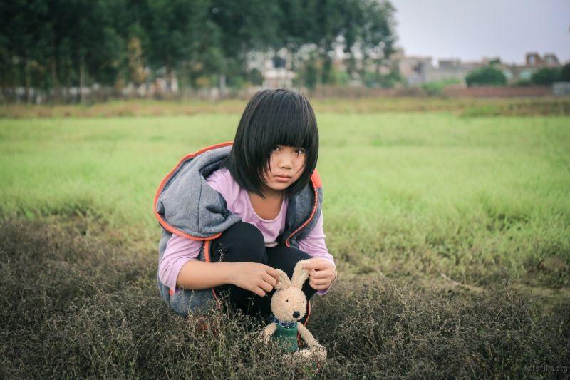 小孩与小兔(4)