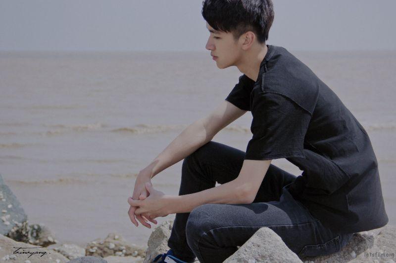 黑色-海-03