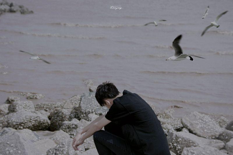 黑色-海-04