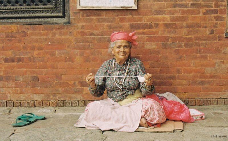 pashupatinath | 缠线的老人
