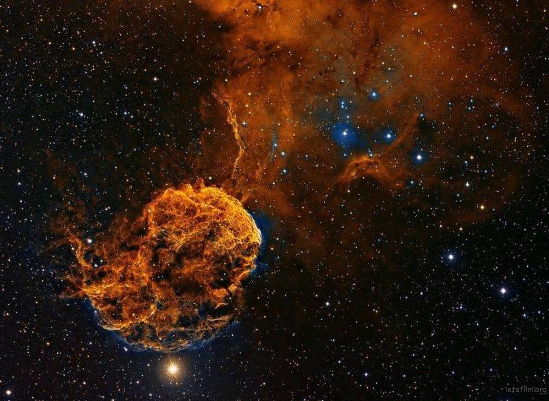 astronomyphoto4PatrickGilliland-900x658