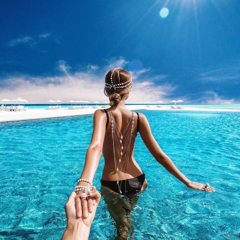 来到马尔代夫享受夏日海岛风情