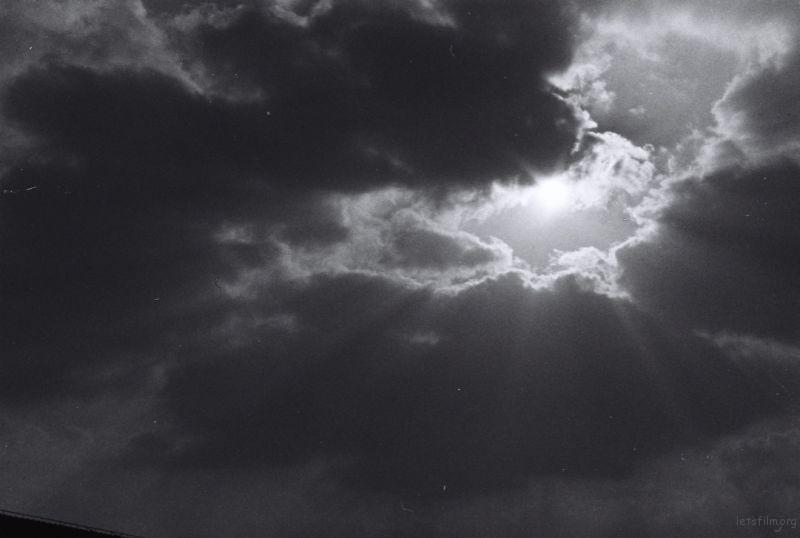 宿舍阳台外天空