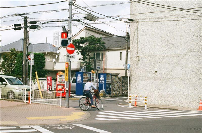 27 日本 三鹰 路边