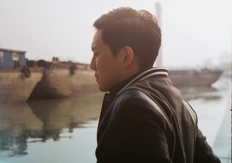 青年与沙船(6)