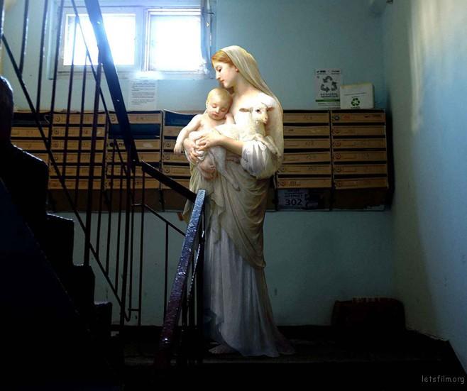 classical-modern-city-painting-daily-life-gods-alexey-kondakov-18-658x551