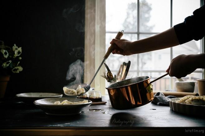 dumplings-with-steam-fm1-658x439