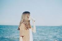 [7793] 关于夏天的想象是阳光,大海,崖石,乘凉的木椅子和冰镇啤酒