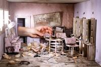 艺术家花费数年时间,制作出世界末日后的废墟摄影