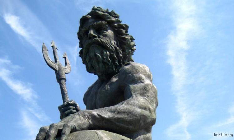 king-neptune-statue-e1465824227897-750x450