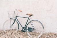 [8964] 一辆脚踏车的写真