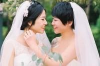 [8835] 两个女孩的婚礼
