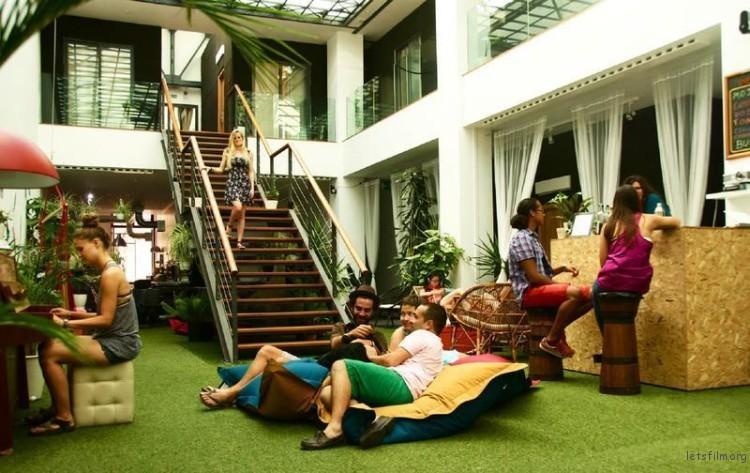 extra_large_hostel-750x473