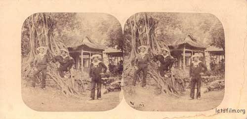 广州的法国水手(立体照片),摄于1858年,Pierre Joseph Rossier,采用蛋白法银盐工艺