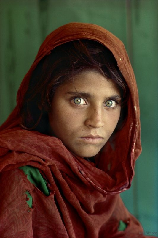Afghan Girl with a Nikon FM2 and Nikkor 105mm F2.5