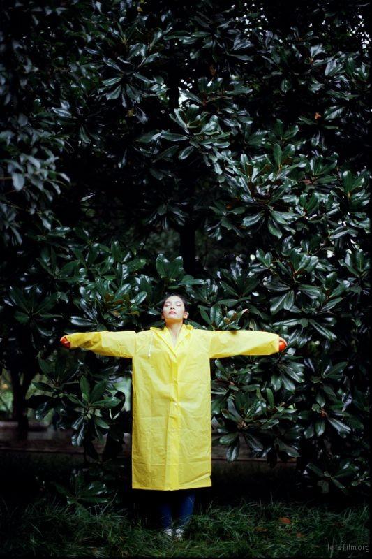 [10046] raincoat | 胶片的味道
