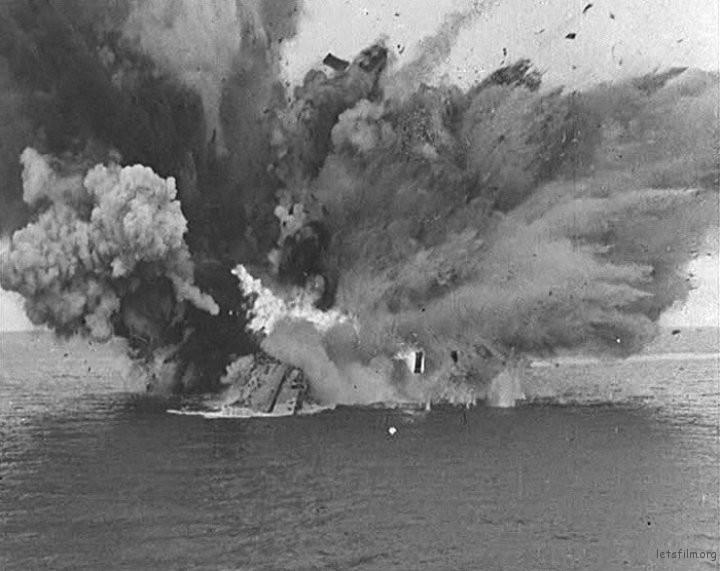 HMS Barham 号被鱼类击沉