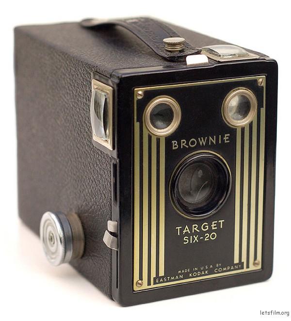 SIX-20 BOX BROWNIE 1933年生产
